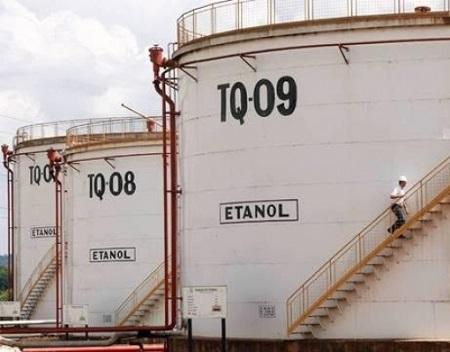 Com estoques de etanol 43% superiores ao ano passado, por que alíquota zero na importação dos EUA?