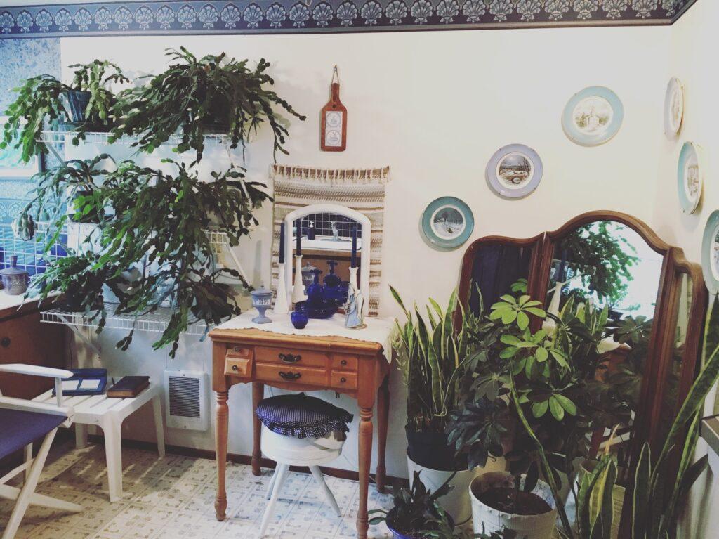 Grandma's Green Bathroom