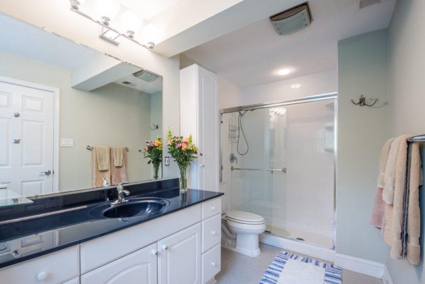 alexandria bathroom for sale jsrealty4u