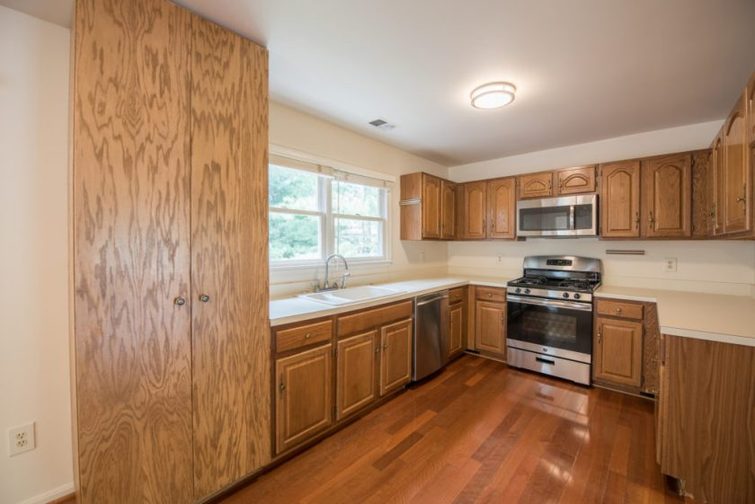 JS Realty Team - Angelica Ct Kitchen 1