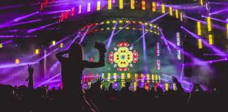 latino music | Photo by Aditya Chinchure on Unsplash