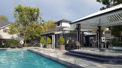 Le coin piscine / jacuzzi (dans la résidence) où nous aimions aller