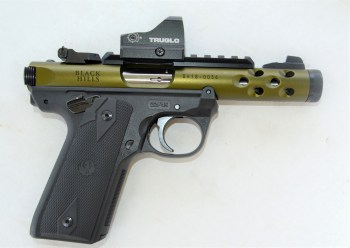 TruGlo Tru-Tec Micro mounted on a Ruger .22/45 pistol