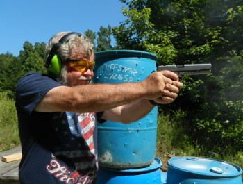 Shooting the Ruger SR1911 on a combat course