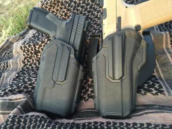 light bearing (left) and regular Blackhawk Omnivore holsters