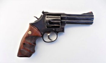 Smith and Wesson 586 .357 magnum revolver