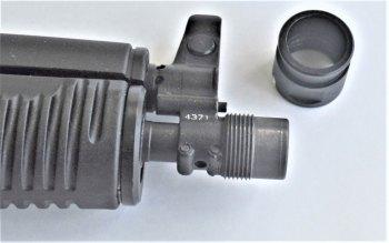 Threaded muzzle on the SAM7 pistol