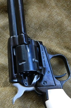 loading gate on a revolver