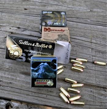 Several brands of 10mm ammunition