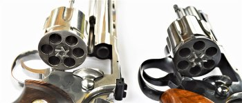 comparing the cylinder and ejector rod of the old and new Colt Python
