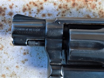 2-inch barrel on a Smith and Wesson J Frame revolver similar to the gun carried by Joe Friday