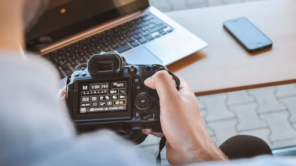 6 Tips Menjalankan Bisnis Fotografi yang Mudah & Menghasilkan Untung Maksimal
