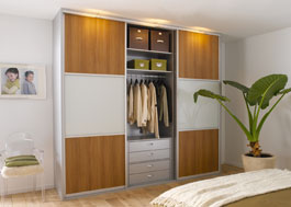 Schimmel in kleerkast excellent white cabinet on the wood floor