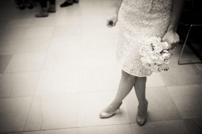 Waiting for a Manhattan Marriage Bureau wedding to take place, by NYC wedding photojournalist, Kelly Williams