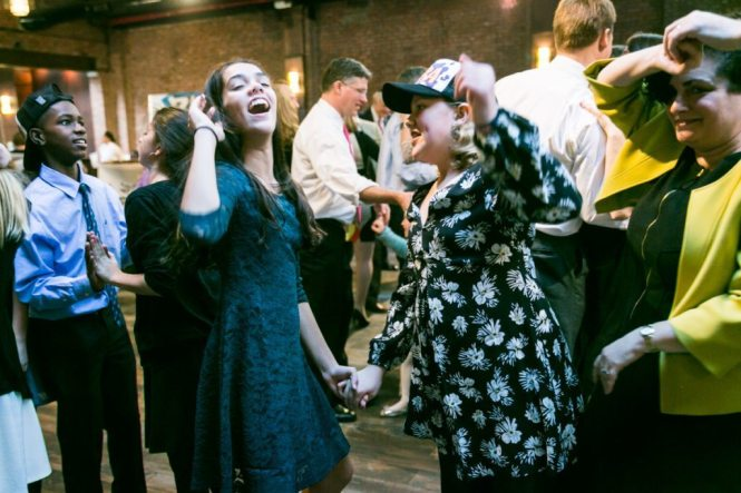 Dancing at a Brooklyn bar mitzvah at 26 Bridge, by Brooklyn bar mitzvah photographer, Kelly Williams