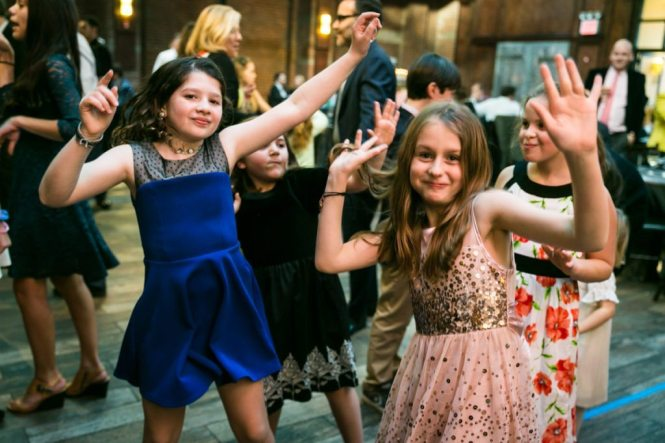 Dancing at a Brooklyn bar mitzvah at 26 Bridge, by Brooklyn bar mitzvah photographer, Kelly Williams