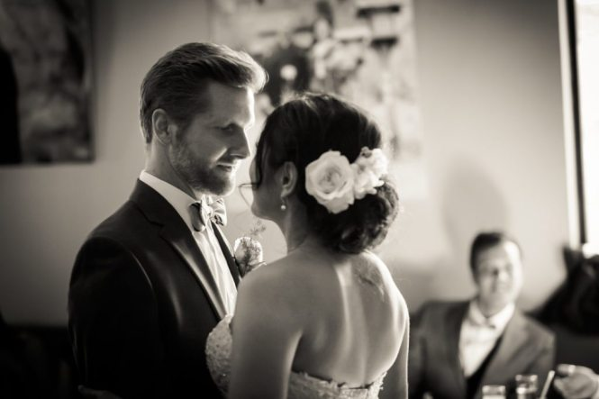 First dance by Astoria wedding photographer, Kelly Williams