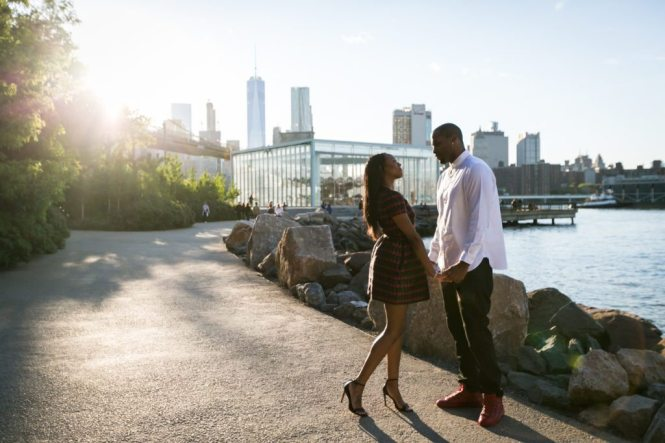 Brooklyn Bridge Park engagement photos by Brooklyn engagement photographer, Kelly Williams