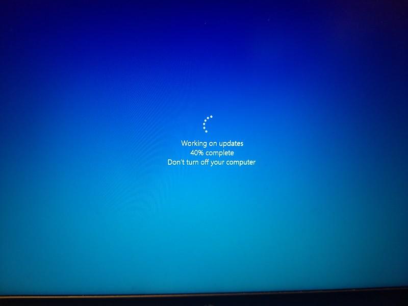 Windows Update at 40%