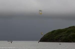 Le kitesurf à la pointe Faula