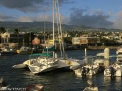 Le port et la ville de Saint-Pierre