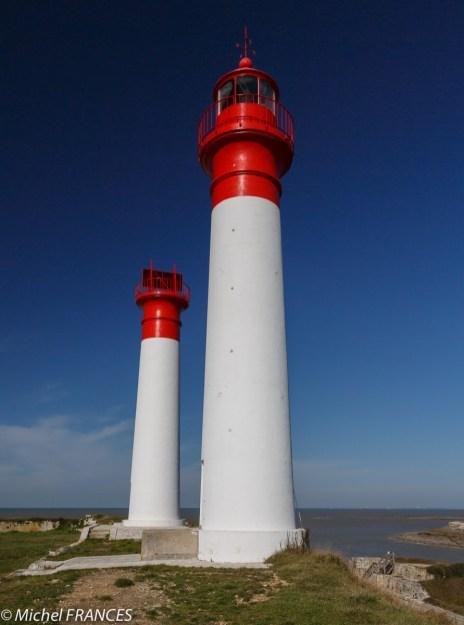 Les tours jumelles du phare