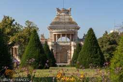 Palais Longchamp - dans le jardin botanique