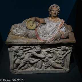 expo Collection Campana - urne étrusque : duel fratricide d'Étéocle et Polynice - terre cuite - vers 150 av JC