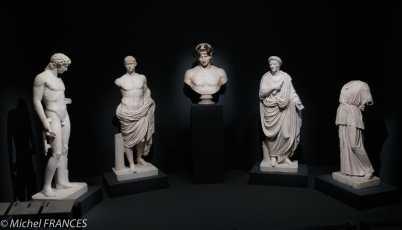 expo Collection Campana - statue de jeune homme, statue de Brutus, buste d'Antinoüs, togatus dit César, statue de jeune femme