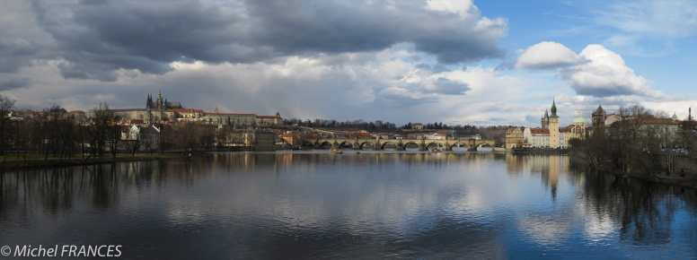 Prague et la Moldau