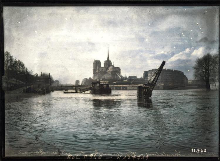 Image colorisée par Colourise.sg