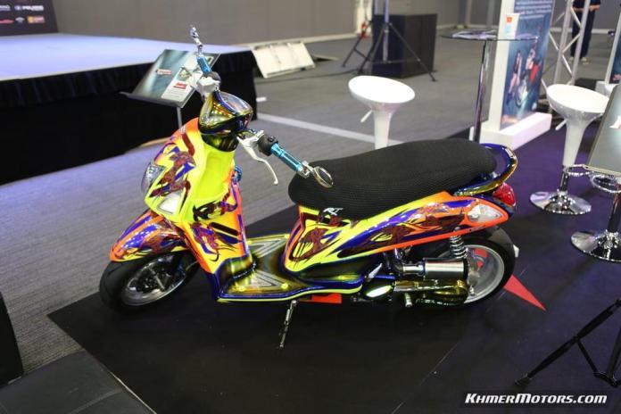 Zoomer-X designs in Honda's Mocye Idea Challenge (130)