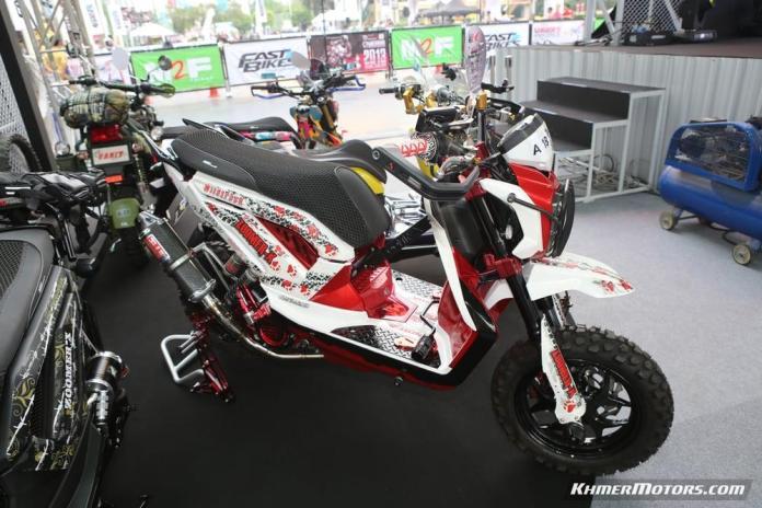Zoomer-X designs in Honda's Mocye Idea Challenge (41)