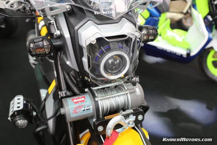 Zoomer-X designs in Honda's Mocye Idea Challenge (86)