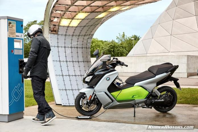 bmw-c-evolution-electric-scooters-15