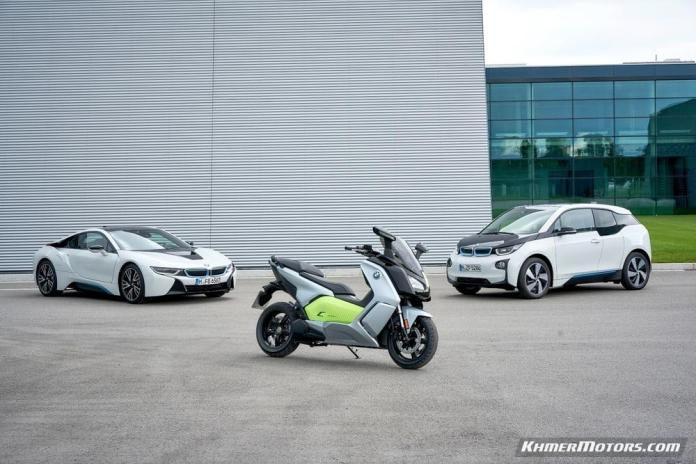 bmw-c-evolution-electric-scooters-16