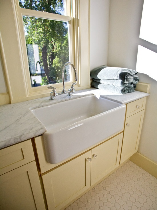 how to choose the perfect laundry room sink