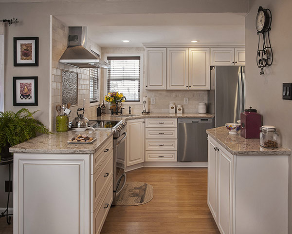 The Reasons Why White Cabinets Remain Ever Popular