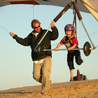 "Kidventurous: Hang Gliding with KHK a ""Must Do with Kids"""