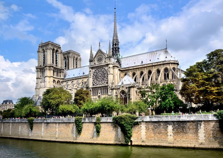 batch 巴黎聖母院 Notre Dame de Paris Fotolia 73140098
