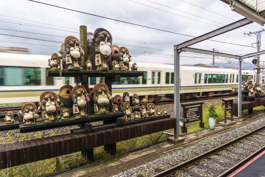 嵐山小火車亀岡站