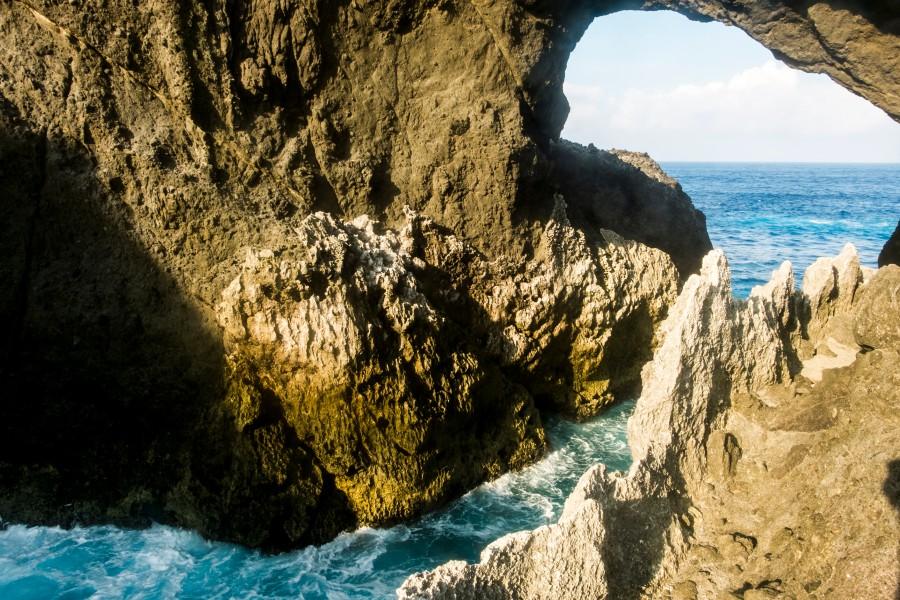 蘭嶼景點、情人洞