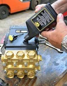Changing pump oil