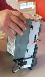 How to start cleaning a bill validator