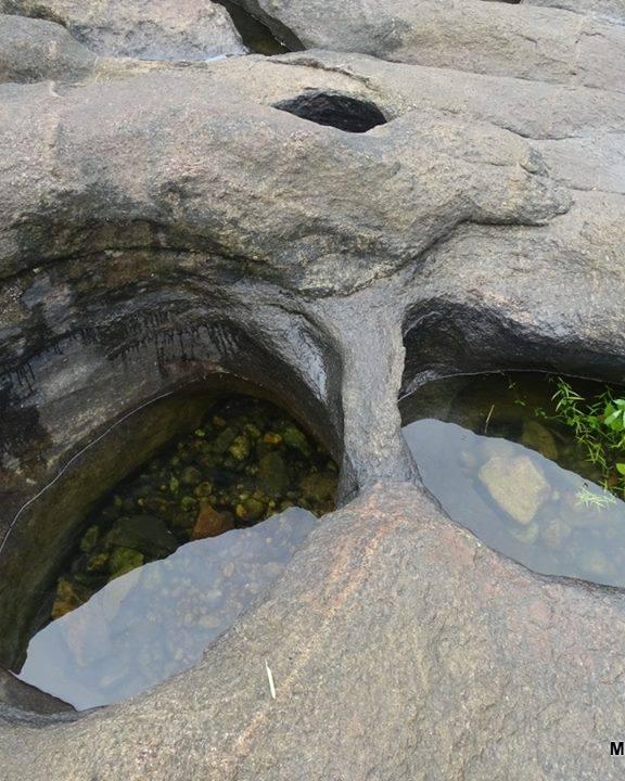പുഴക്കുഴികള്/Potholes