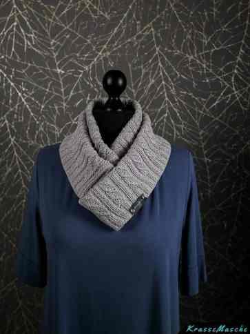 Schal twisted left loop gestrickt aus catania glamour von krassemasche mit Anleitung