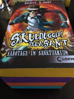 Skulduggery Pleasant 4 Sabotage im Sanktuarium Derek Landy Loewe