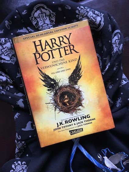 Harry Potter und das verwunschene Kind Book Cover
