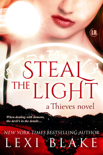 4.5 Star Book Review: Steal the Light (Thieves Book 1) by Lexi Blake | books, reading, book reviews, book covers, fantasy, paranormal romance, urban fantasy, vampires, faeries, werewolves, demons
