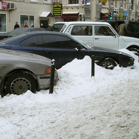 A buried BMW (Закопанная БМВ)